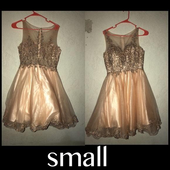 Dama Dresses